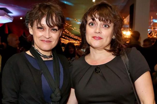 Луиза и Лиза Барнс